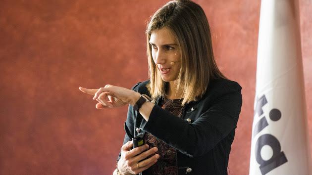Cuidar y entrenar la voz con Marta Pinillos